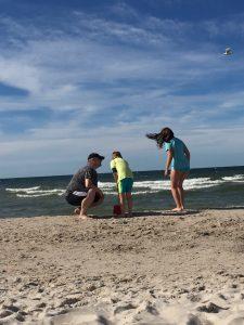 Zdjęcie z rodziną nad morzem